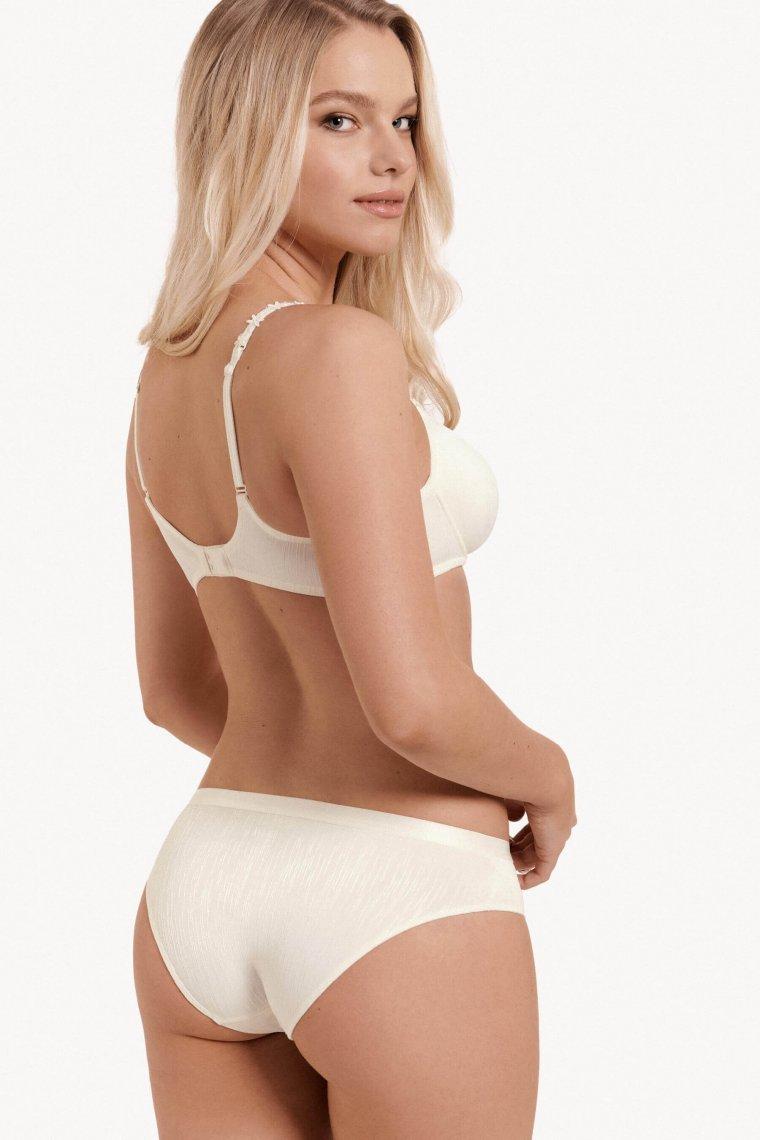 Модерни ежедневни бикини Lisca Fashion Gracia SS2021 P1 - Слонова кост Лиска Fashion от www.liscashop.bg