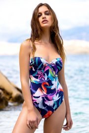 Цял дамски бански костюм с оформени чашки тип бриджитка Lisca Fashion Nice 2021 Лиска Fashion SW от www.liscashop.bg