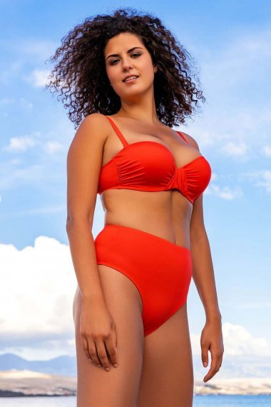 Плажни бикини с висока талия и по-високо изрязани на краката в черно, червено или синьо Lisca Fashion Okinawa 2021